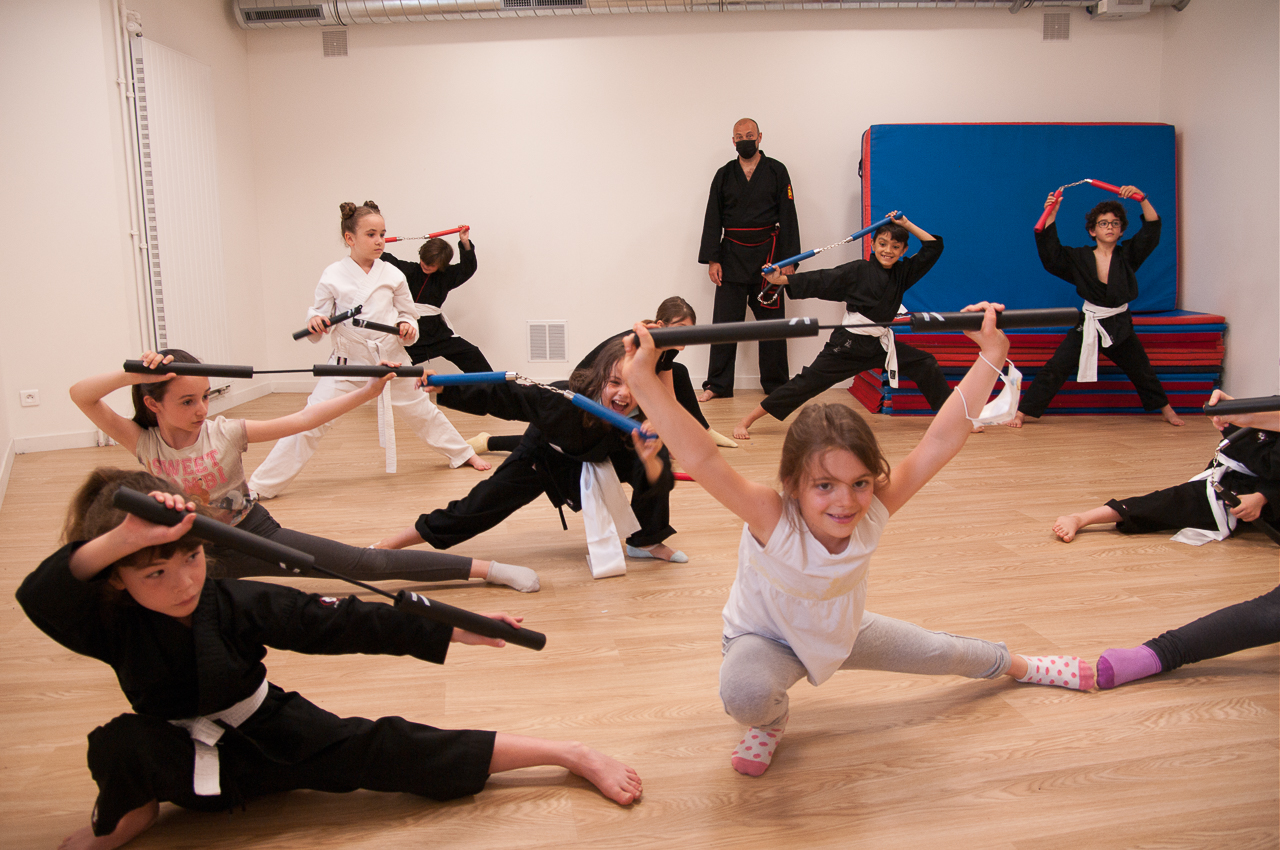 Stage-enfants-ados-FEVVDT-Paris-2021-06-20 Travail du Long Gian